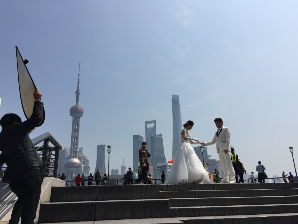 Wedding photos at the Bund, Shanghai