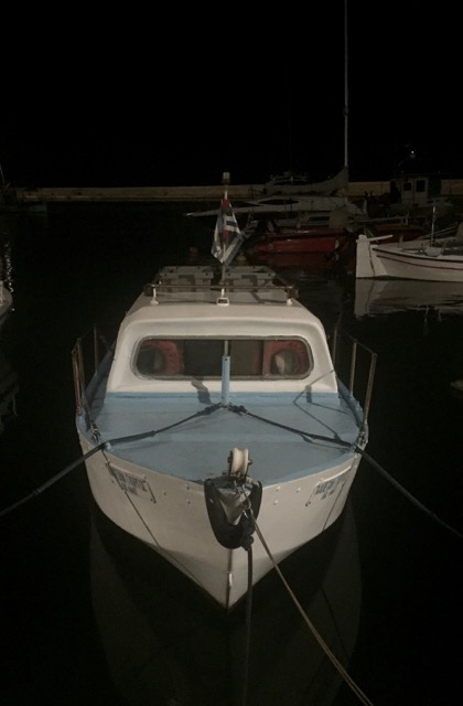 Cutie boat